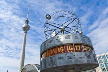 points of interest Berlin germany | televisiontower und Alexanderplatz